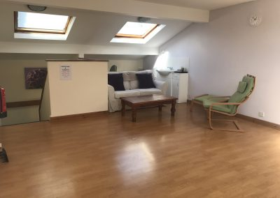 Large upstairs therapy room with sink